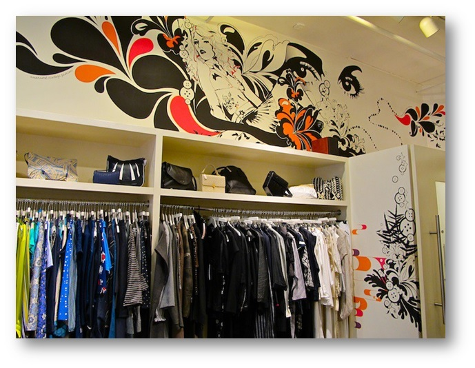 Murals used at a fashion store - Shruti Sodhi Interior Designs - Shruti Sodhi Interior Designs