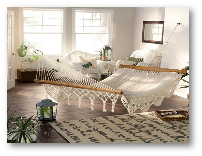 Meditation area with hammock for relaxation - Decor Tips for Meditation Room